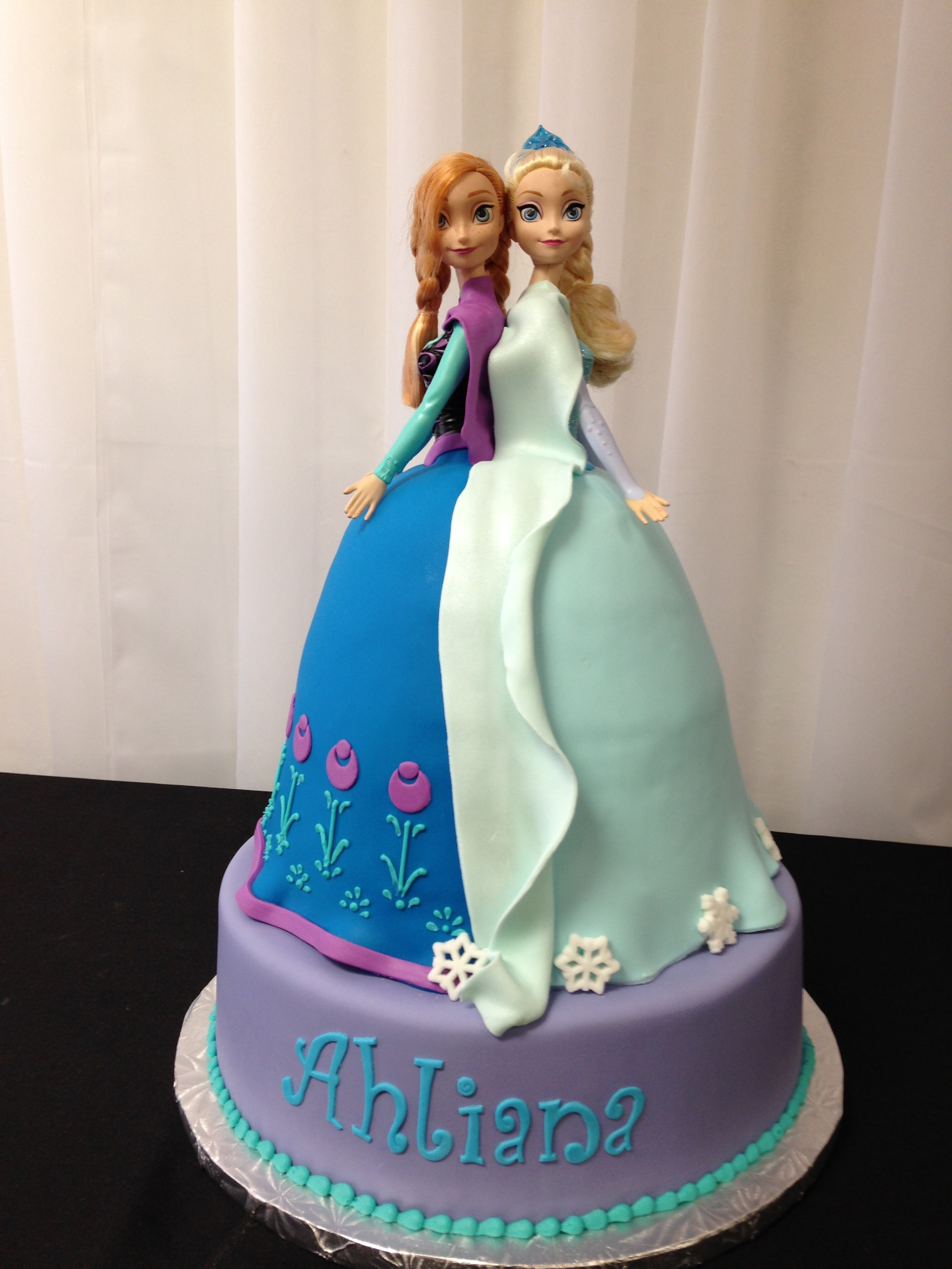 Frozen Sisters Cake