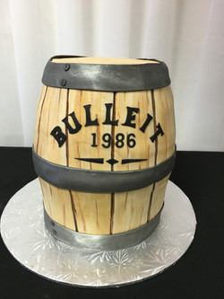 Bulleit whiskey Cake