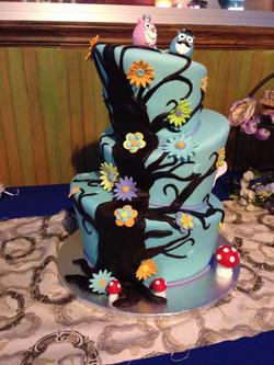 Whimsical Wonderland Tree Wedding Cake_edited