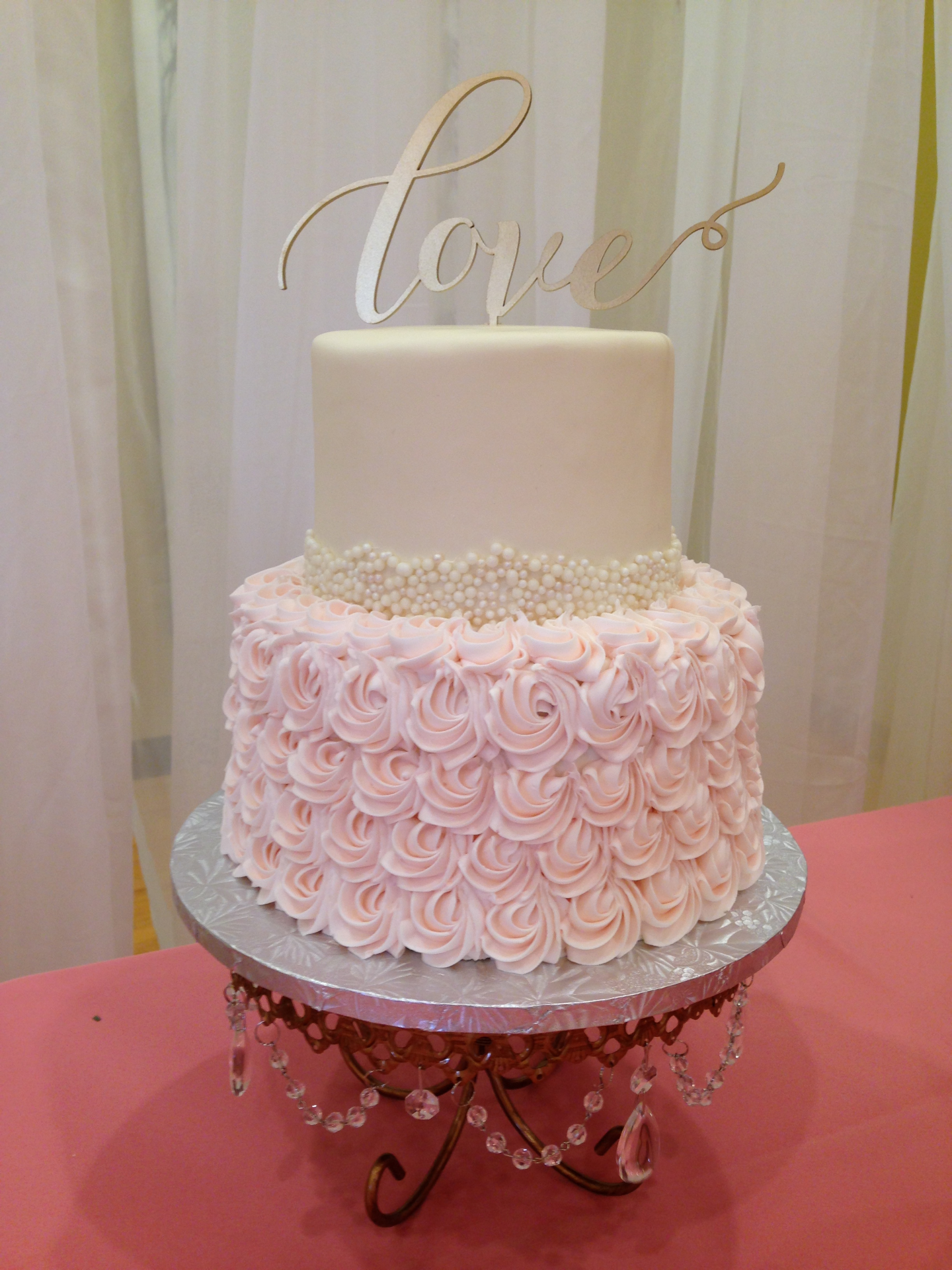 Pearls and Ruffles Wedding Cake