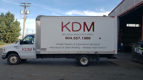 commercial mobile repair service truck.j