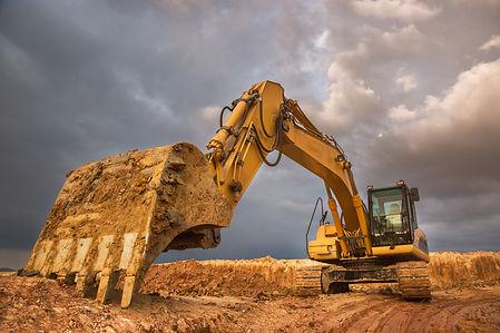 digger in clay.jpg