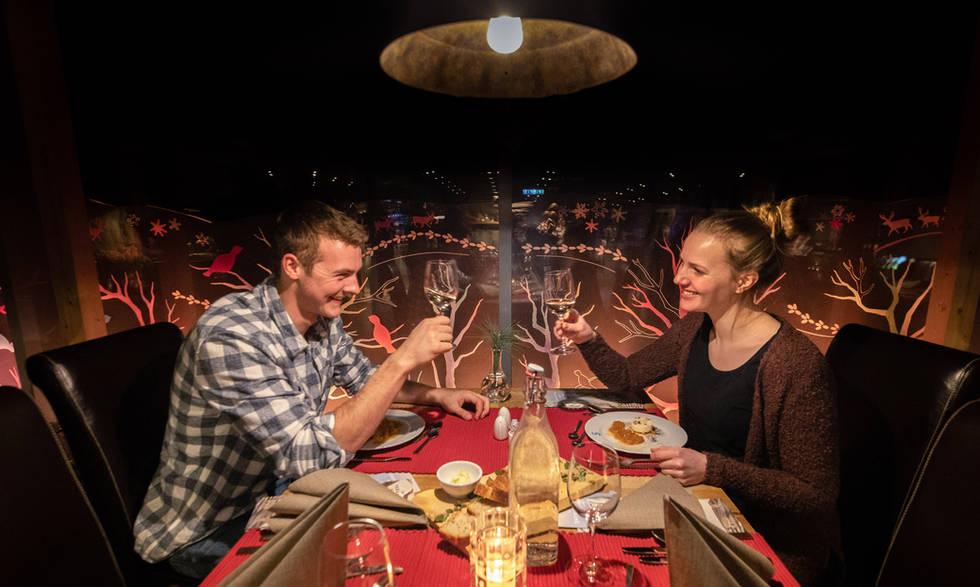 Romantic evening Snowhotel Kirkenes