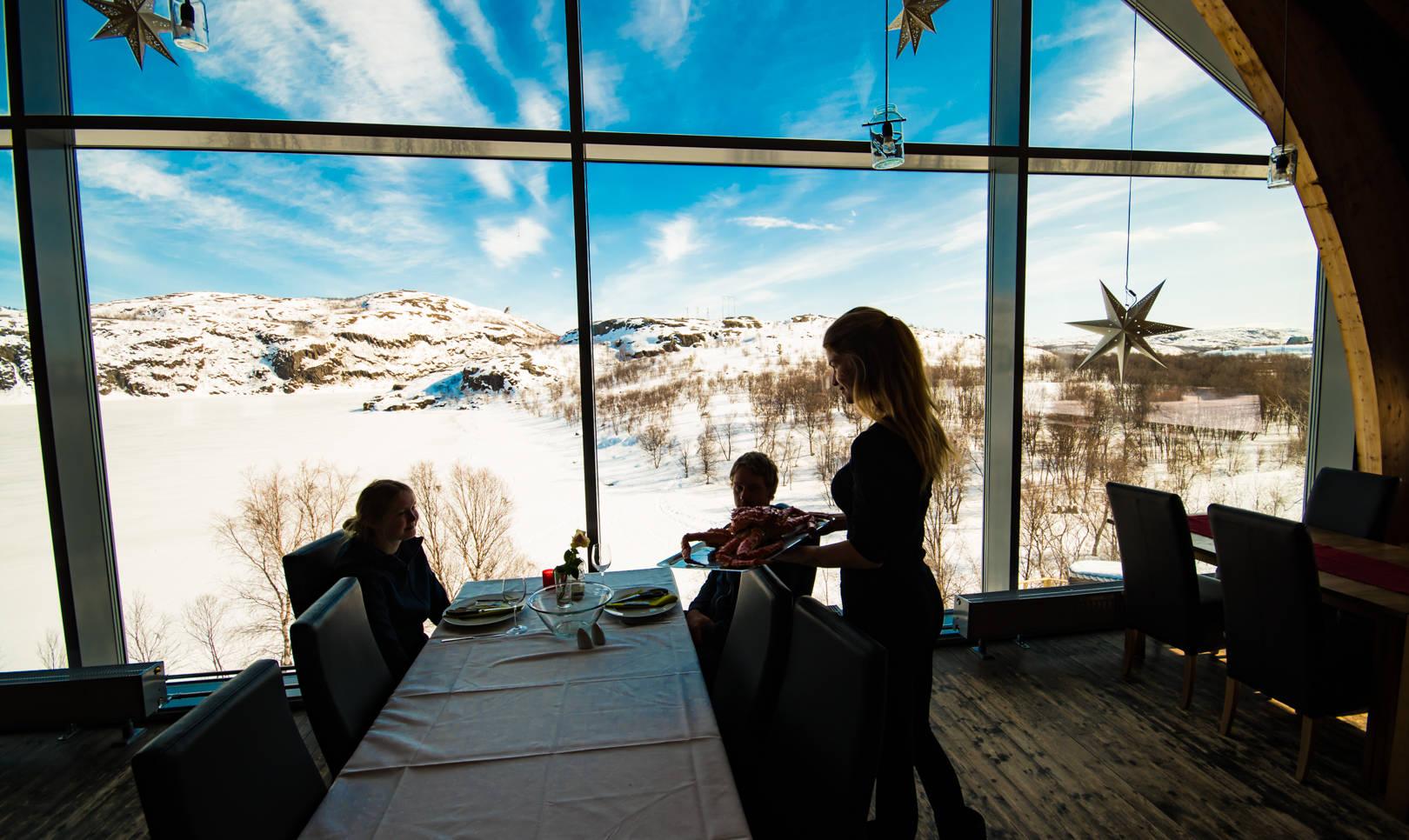 Snowhotel Kirkenes Restaurant