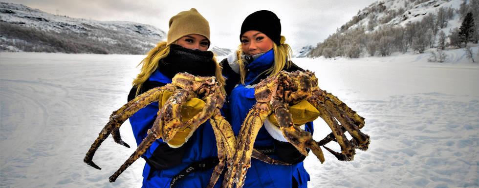 Girls on King crab fishing tour
