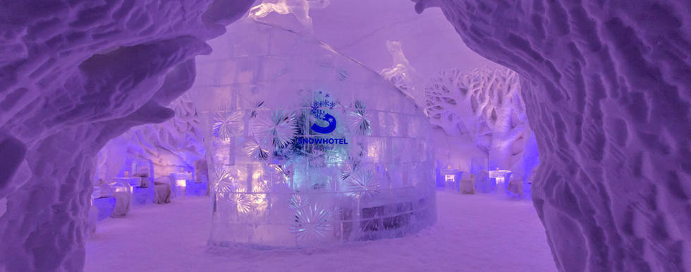 Snowhotel 365 entrance