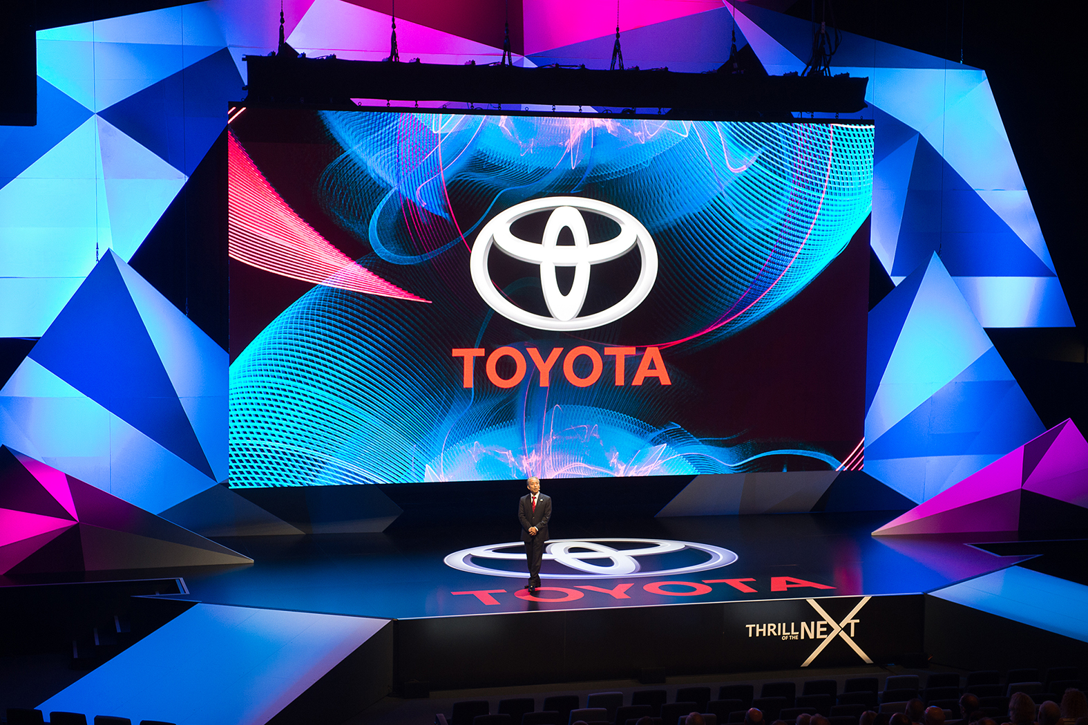 TOYOTA NDM Keynote Stage design