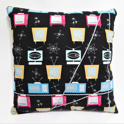 Black-Pink Reversible pillow cover