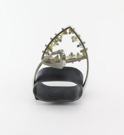 Double ring slider sculpture