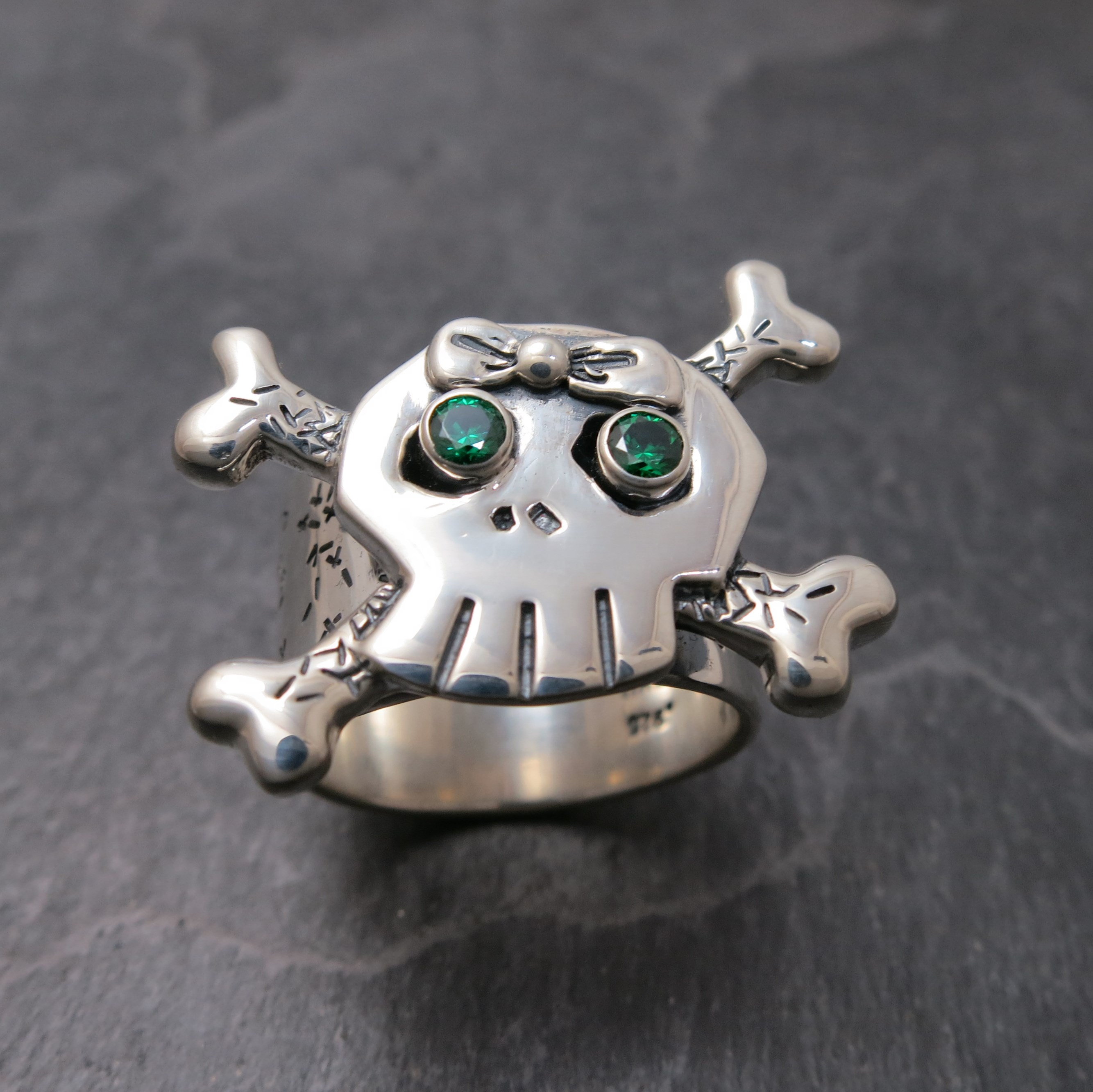 Custom- girlie Skull ring