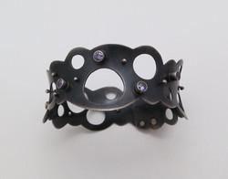 Anticlastic bangle bracelet