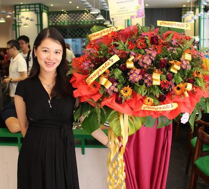 Famed Michelin starred Hong Kong Noodle Shop Mak's Noodles opens in Singapore