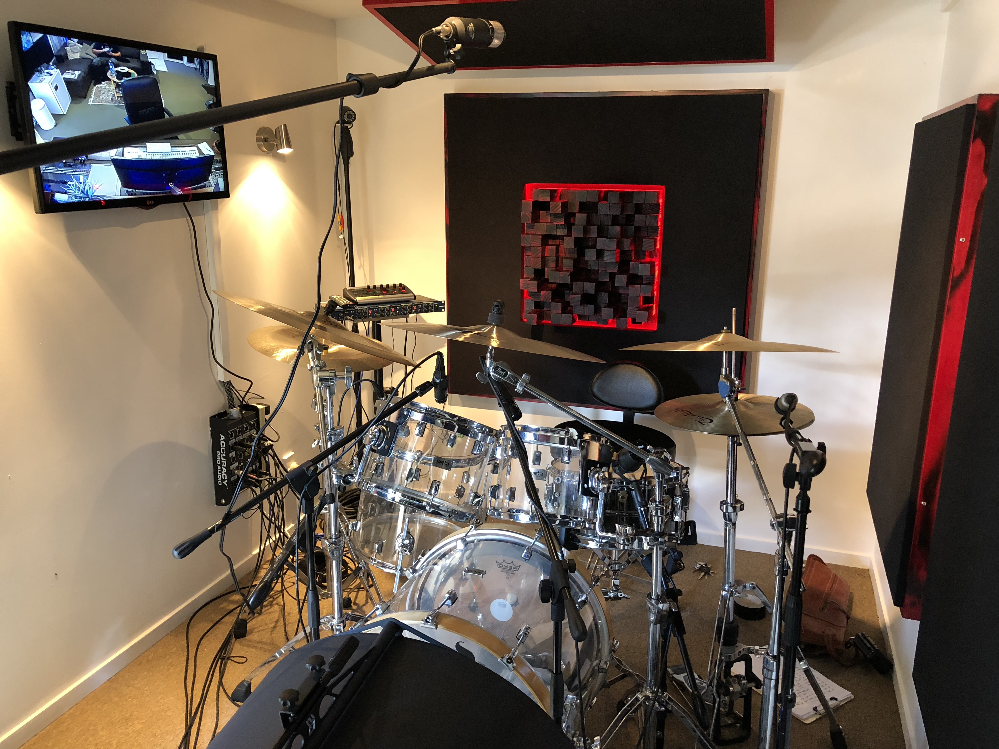 Drums with kick tunnel