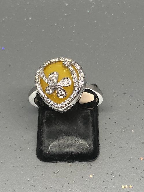 New 18ctYellow Onyx &Diamond Ring