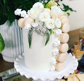 little-gatherings-wedding-cakes-yamba1.p