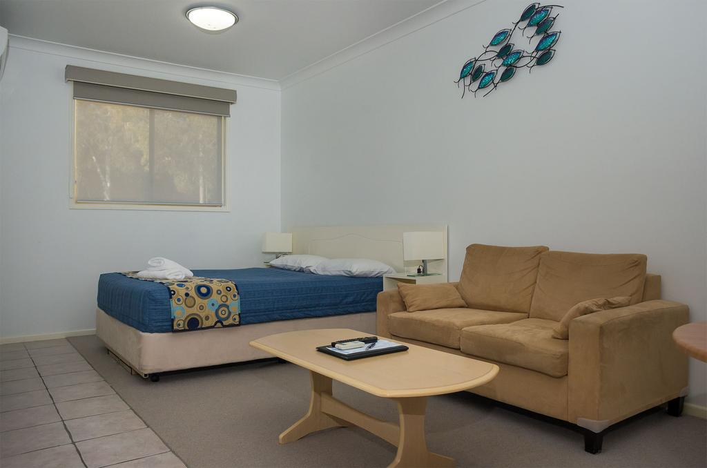Yamba Motor Inn | Accommodation