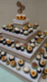 Weddng Cupcake Pyramid w/topprer cake