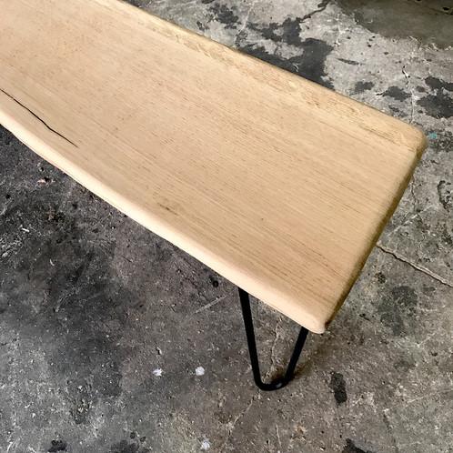Banc / Bout De Canape / Table Basse Bois Brut Live Edge Pieds