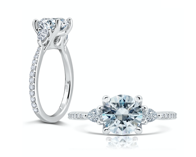 Eva Diamond Engagement Ring