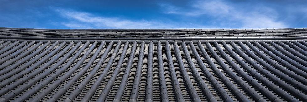 roof-tile-1350179_1920.jpg