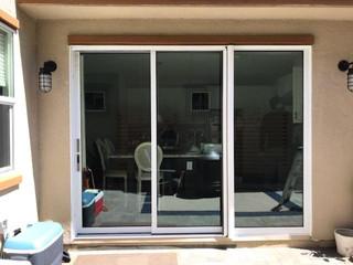 PanoramaLite Retractable Screen Door