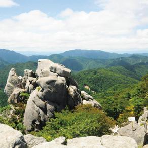 竜の背中へ ネバーエンディング・ストーリーの世界広がる竜ヶ岳