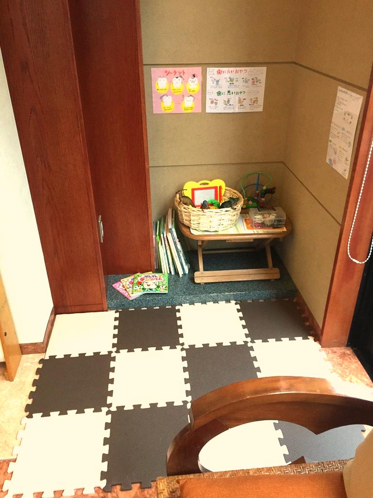 キッズコーナー_edited.jpg