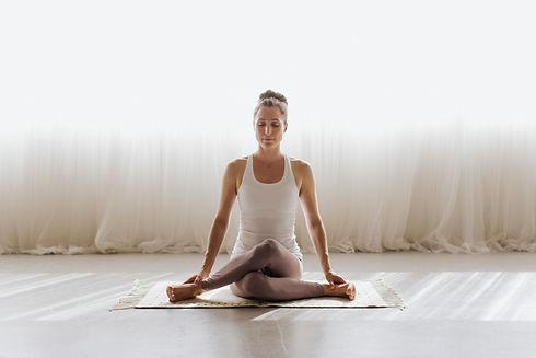 Mantra Yoga Part 1 (High Res)-1191.jpg