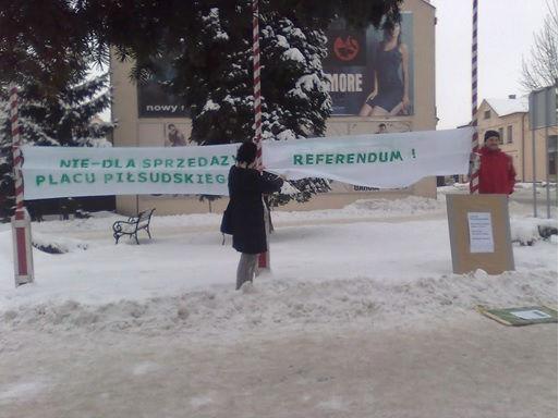 28_referendum_plac_Lubartów.jpg