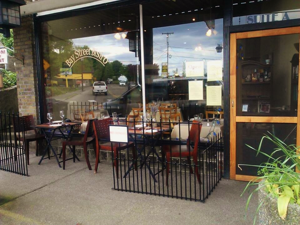 Bay Street Bistro Outside dining in Port Orchard