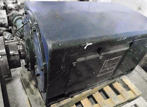 Motor de 300 hp y 1777 rpm #955