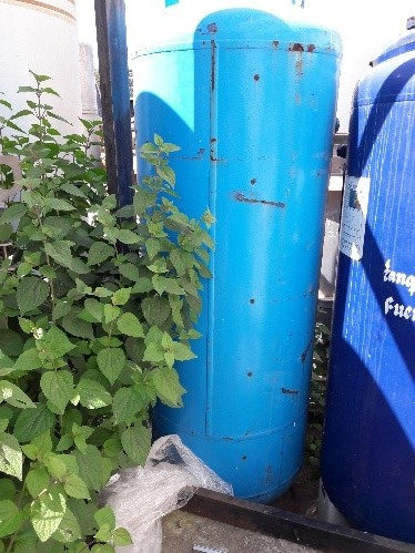 Tanque de presión de aire 0.80 m de diámetro x 2.40m de altura #136