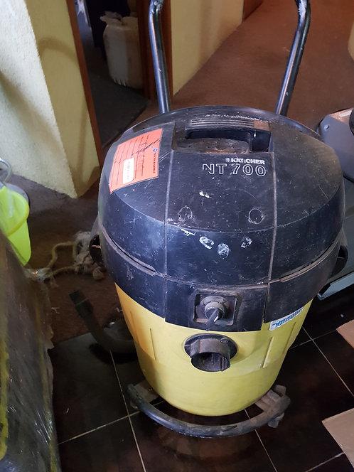Aspiradora industrial NT 700 #608