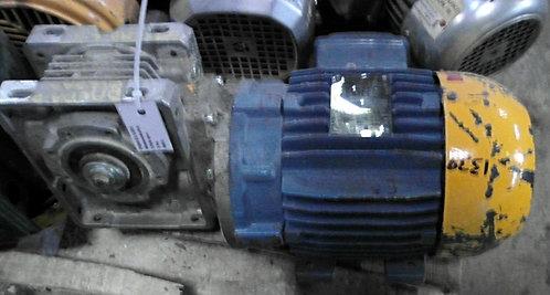 Motorreductor de 1765 rpm, 1 hp #1339