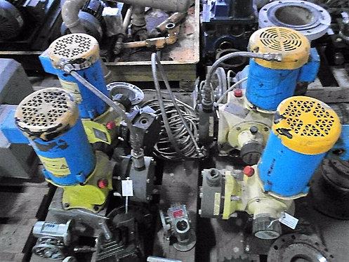 Bomba Dosificadora de 1 hp y 1725 rpm #108