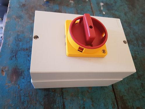 Interruptor en cofre 25A 194E-Y25-1756-6N #182