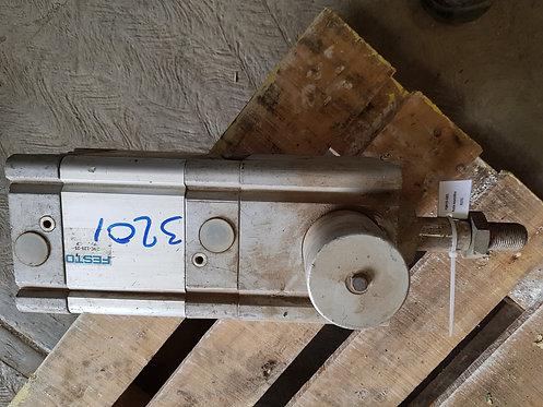 Pistón neumático DNC-125-25-PPV-A-KP #3201