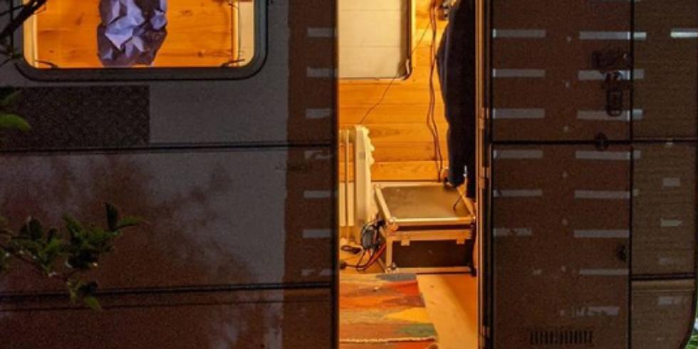 Les Pieds dans la caravane