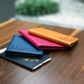 SmartGo Classic Passport Holder