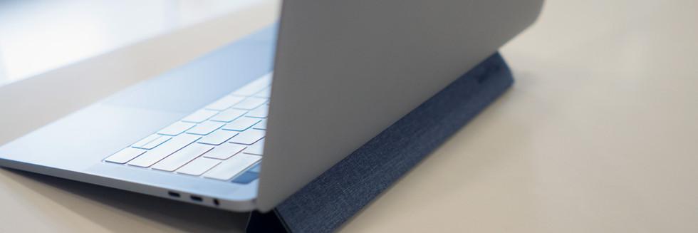 SmartGo PYRAMID Laptop Stand