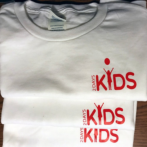 XL/2XL White T-shirt with Red 2 Days Kids logo