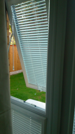 pureblinds.co.uk-liverpool-widnes perfect-fit-blind