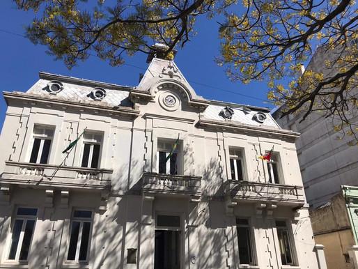Santana do Livramento economiza R$ 570 mil em licitações corrigidas durante a pandemia, aponta TCE
