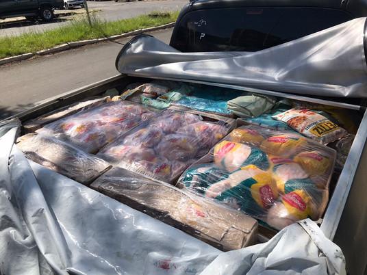Polícia Ambiental apreende 400 kg de carne imprópria para consumo na Vila Thomaz Albornoz