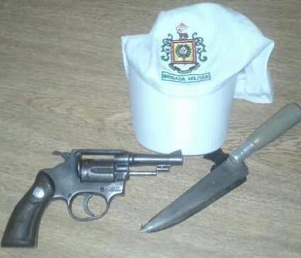 Em Uruguaiana, pai tenta esfaquear brigadiano quando filho é preso por porte de arma