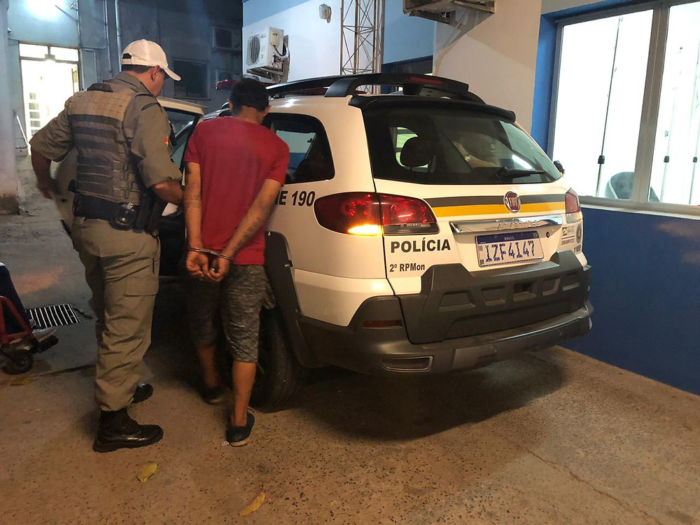 Ninja é preso em flagrante pela ROCAM na av. Brasília