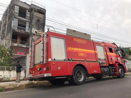 Princípio de incêndio em apartamento assusta moradores de prédio no centro de Livramento