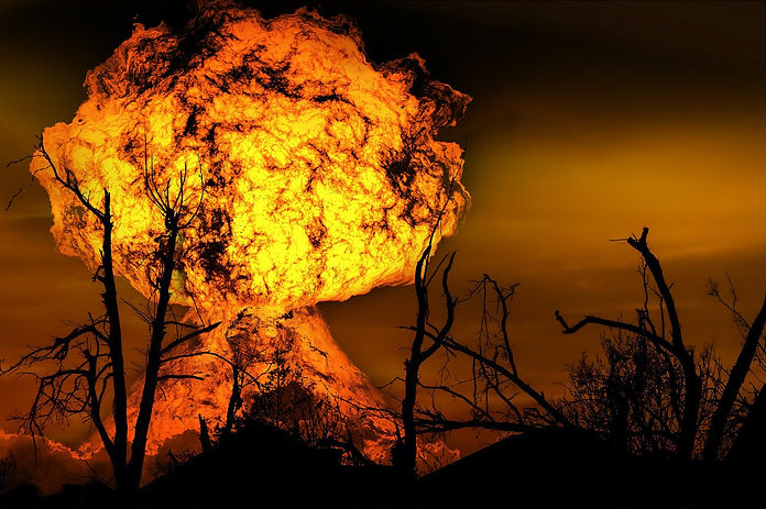 explosion-123690_1920.jpg