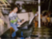 animation dans un hotel sur clavier arrangeur