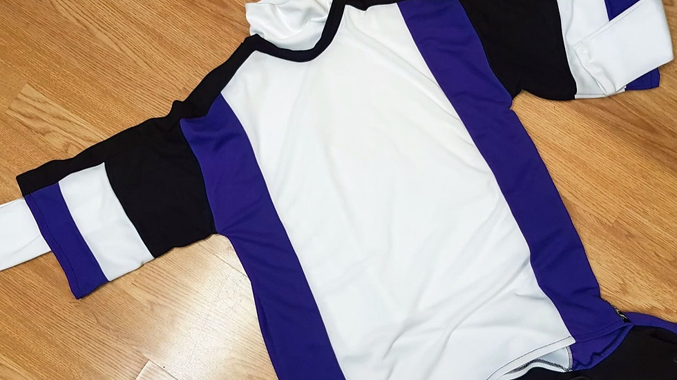 Basketball Top Size Small with White Cotton Roll Neck top